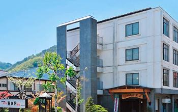 写真:ホテル龍泉洞 愛山
